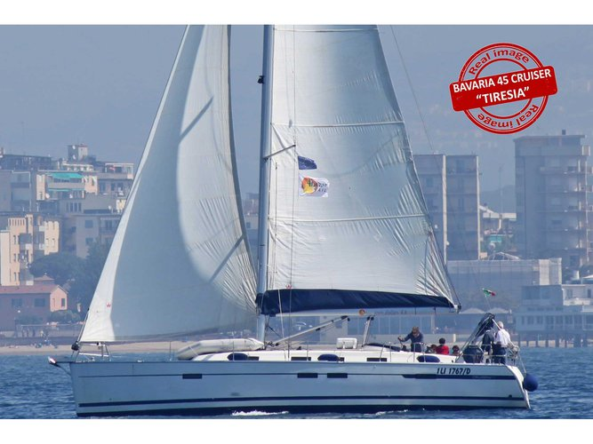 Hop aboard this amazing sailboat rental in Puntone - Follonica!