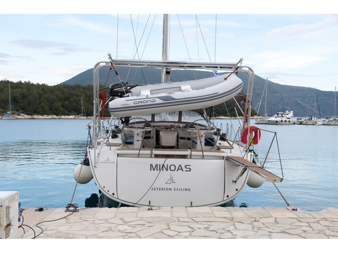 Enjoy luxury and comfort on this Bavaria Yachtbau Bavaria Cruiser 56 in Athens
