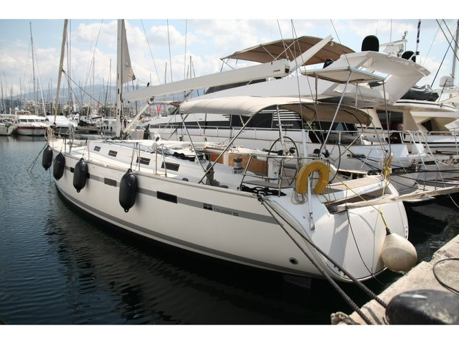 Relax on board our sailboat charter in Preveza