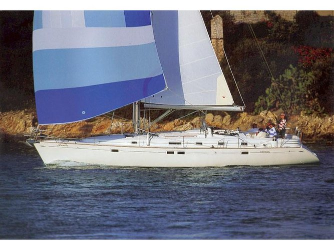 Jump aboard this beautiful Beneteau Oceanis 461