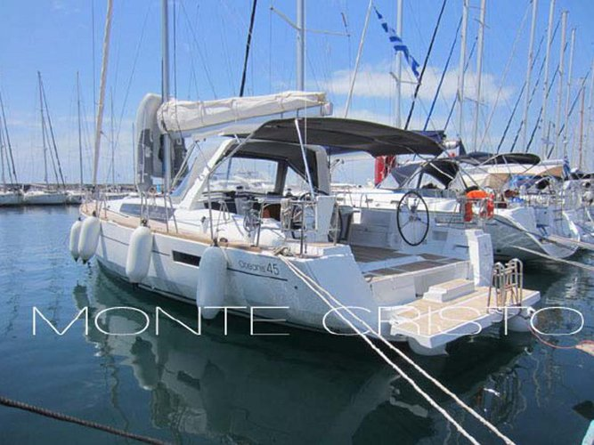 Sail the beautiful waters of Athens on this cozy Beneteau Oceanis 45