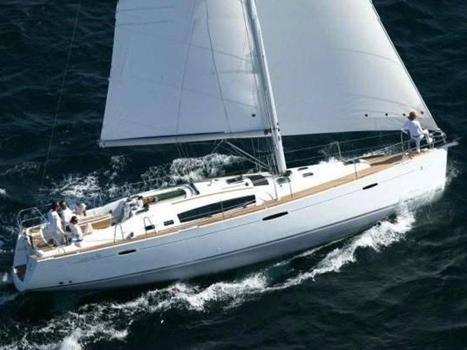 Enjoy luxury and comfort on this Beneteau Oceanis 46 in Furnari