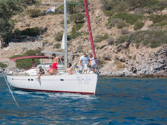 Get on the water and enjoy Athens in style on our Beneteau Oceanis 473