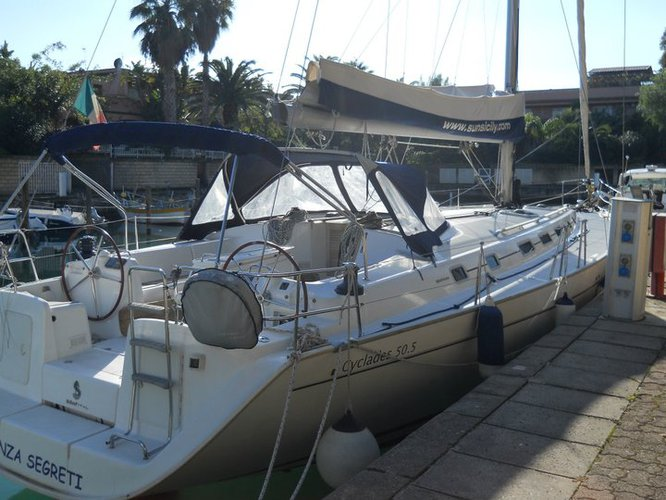 Take this Beneteau Cyclades 50.5 for a spin!