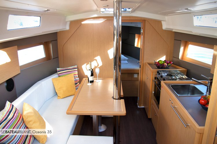 Sail the beautiful waters of La Maddalena on this cozy Beneteau Oceanis 35