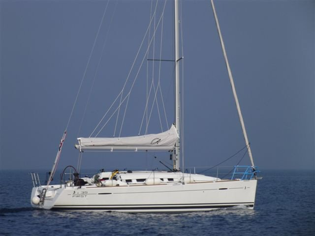 Enjoy luxury and comfort on this Beneteau First 35 in Murter