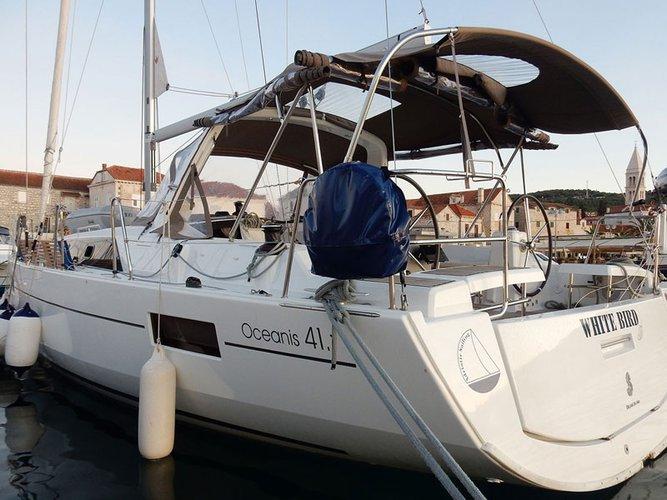 Sail Kaštel Gomilica, HR waters on a beautiful Beneteau Oceanis 41.1