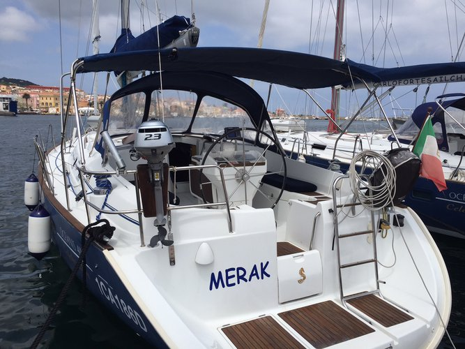 Enjoy luxury and comfort on this Beneteau Oceanis 411 in Carloforte