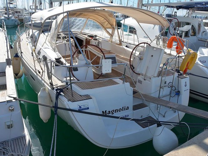 Charter this amazing Beneteau Oceanis 43 Mg in Sukošan, HR