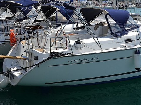 Climb aboard this Beneteau Cyclades 43.4 for an unforgettable experience