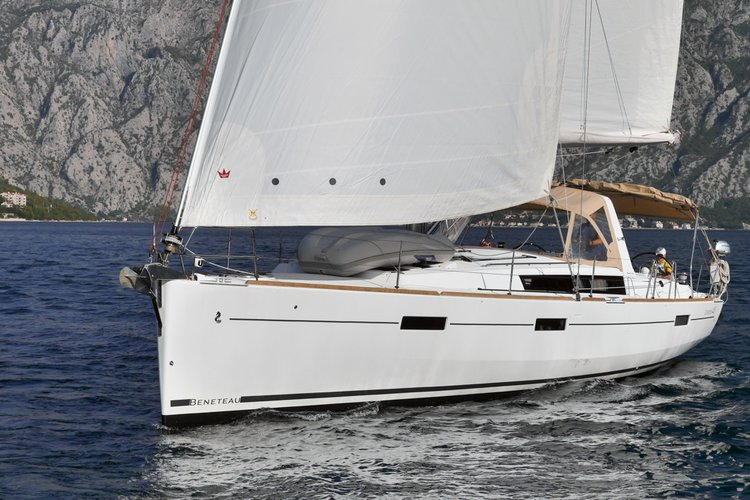 This 45.0' Beneteau cand take up to 8 passengers around Tivat