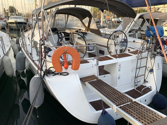 Boating is fun with a Beneteau in Alimos