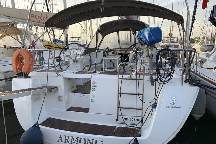 Cruiser boat rental in Alimos, Athens, Greece, Greece