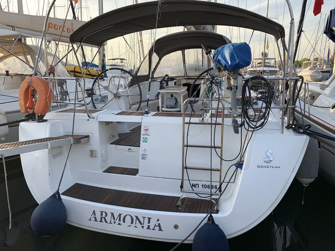 Beneteau boat for rent in Alimos