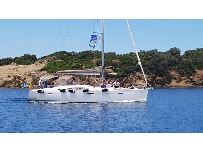 All you need to do is relax and have fun aboard the Beneteau Oceanis 46 (2011)