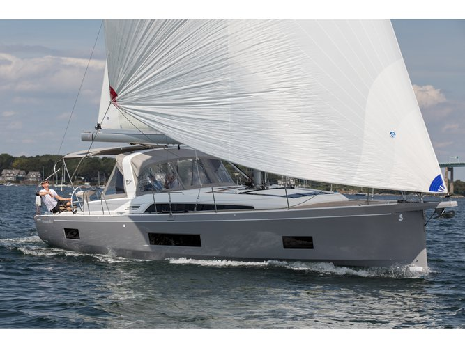 Beautiful Beneteau Oceanis 46.1 ideal for sailing and fun in the sun!