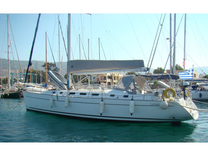 Enjoy luxury and comfort on this Beneteau Cyclades 50.5 in Rhodes