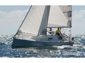 Unique experience on this beautiful Beneteau First 27.7