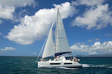 Discover Raiatea surroundings on this 41 OC Catana boat