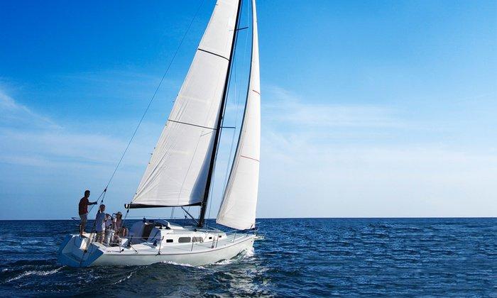 Charter this amazing sail boat in Penha De França