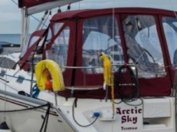 This sailboat charter is perfect to enjoy Tromso