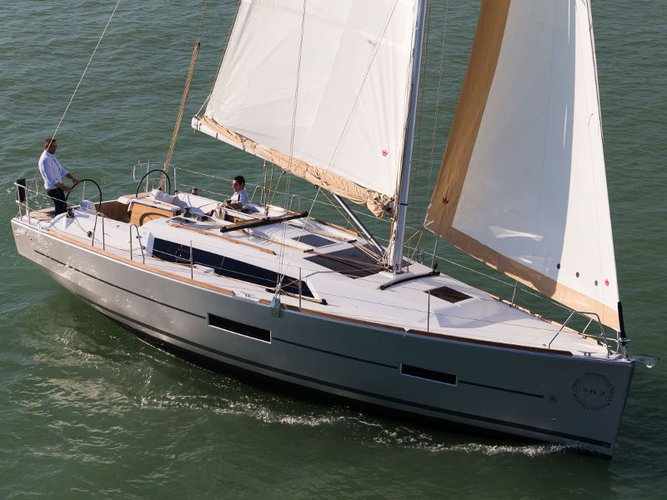 Enjoy luxury and comfort on this Dufour Yachts Dufour 382 in Portimao