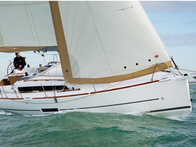 Climb aboard this Dufour Yachts Dufour 350 GL for an unforgettable experience