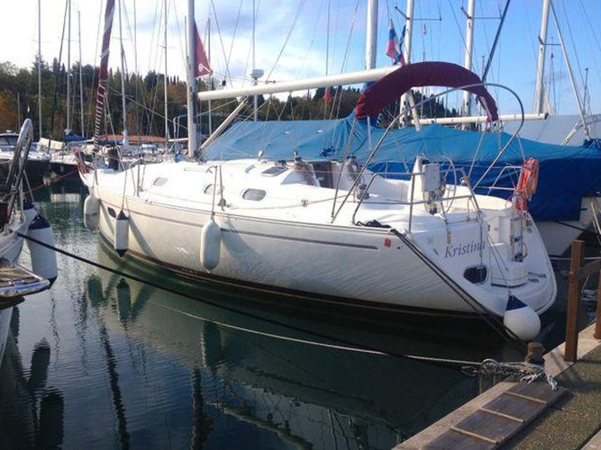 Relax on board our sailboat charter in Portorož