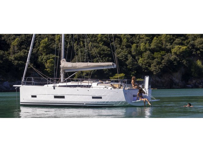 Enjoy luxury and comfort on this Portisco sailboat charter