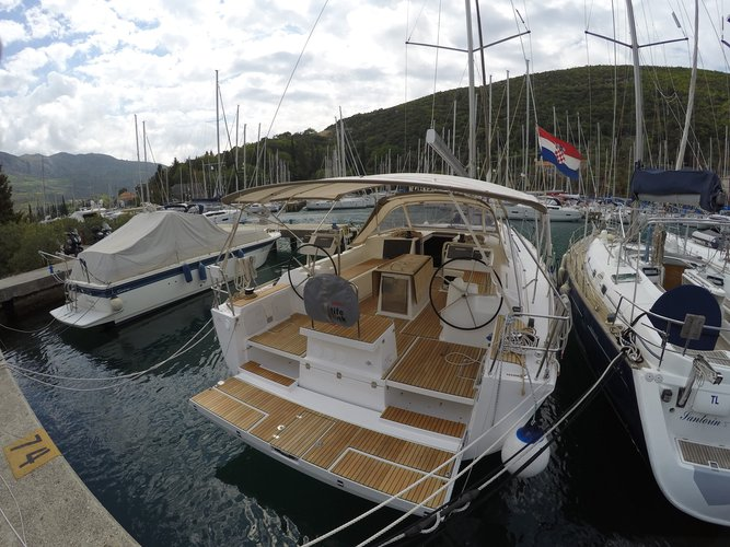 Jump aboard this beautiful Dufour Yachts Dufour 512 Grand Large