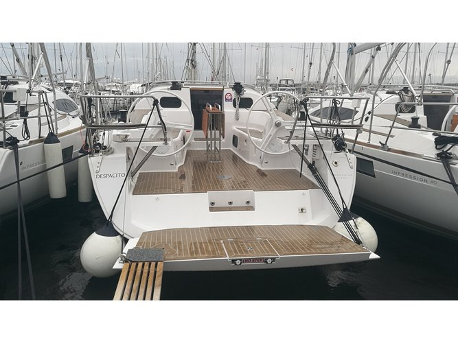 Enjoy luxury and comfort on this Elan Elan 40 Impression in Biograd