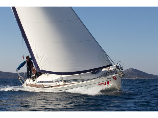 Enjoy luxury and comfort on this Elan Elan 431 in Vodice