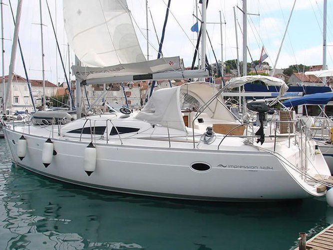 Sail the beautiful waters of Sukošan on this cozy Elan Elan 434 Impression