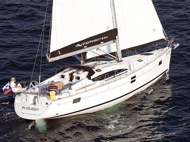 Jump aboard this beautiful Elan Elan 444 Impression