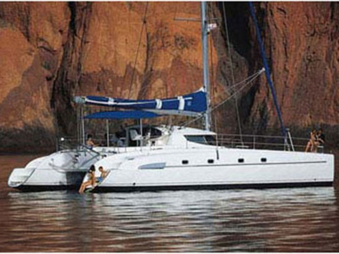 Enjoy luxury and comfort on this Fountaine Pajot Bahia 46 in Athens