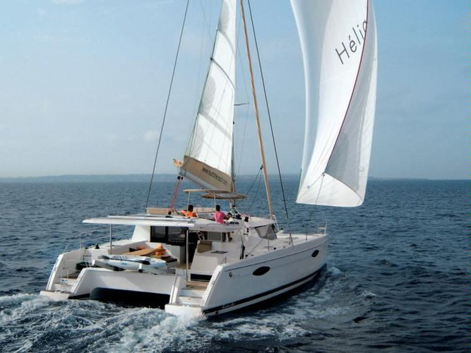 Relax on board our sailboat charter in Martinique