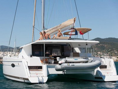 Charter this amazing Fountaine Pajot Helia 44 in Cogolin, FR