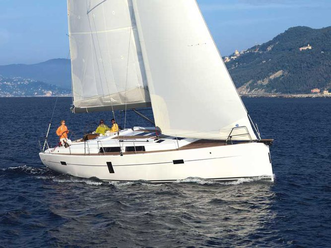 Enjoy Kaštel Gomilica, HR to the fullest on our comfortable Hanse Yachts Hanse 445/4