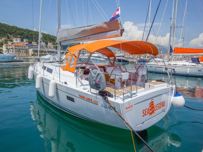 Climb aboard this Hanse Yachts Hanse 455 for an unforgettable experience