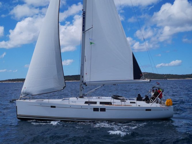 Get on the water and enjoy Šibenik in style on our Hanse Yachts Hanse 505