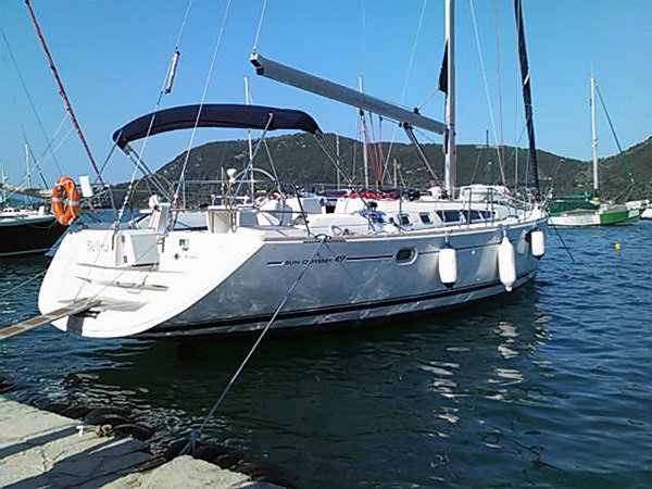 Unique experience on this beautiful Jeanneau Sun Odyssey 49