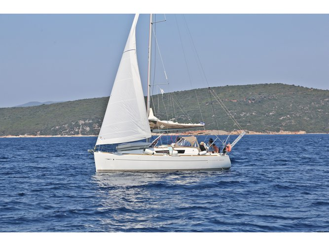 Sail Skopelos, GR waters on a beautiful Jeanneau Sun Odyssey 33i