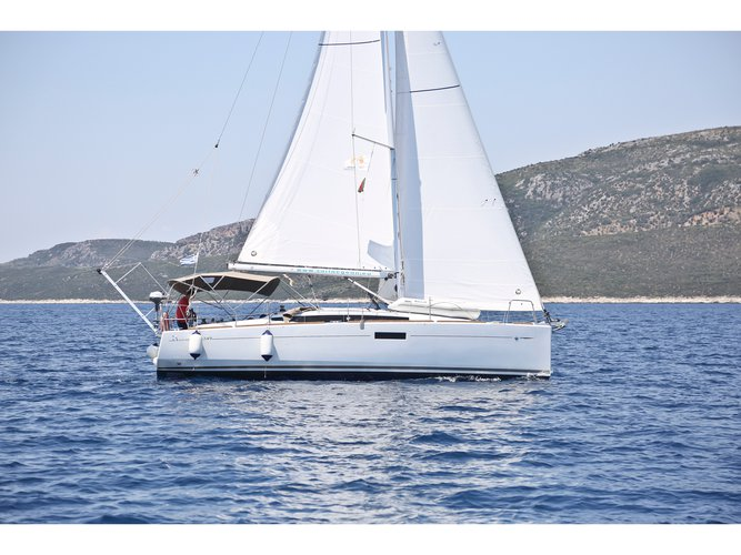 Enjoy Volos, GR to the fullest on our comfortable Jeanneau Sun Odyssey 349