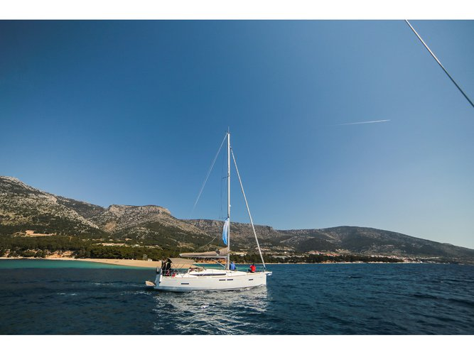 Explore Ploče on this beautiful sailboat for rent