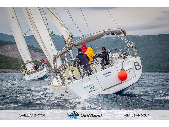 This sailboat charter is perfect to enjoy Tivat