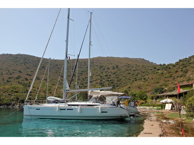 Enjoy Fethiye, TR to the fullest on our comfortable Jeanneau Sun Odyssey 439