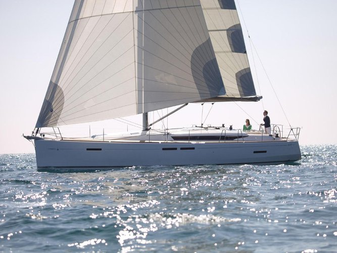 Sail the beautiful waters of Vodice on this cozy Jeanneau Sun Odyssey 449