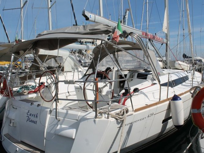 Charter this amazing Jeanneau Sun Odyssey 439 in Furnari, IT