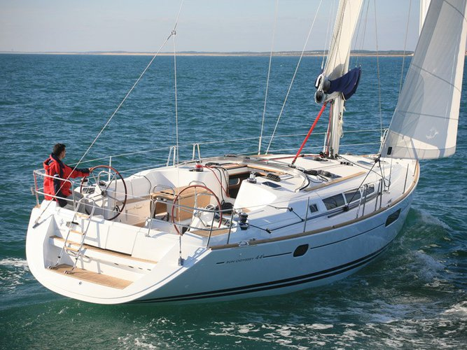 Sail the beautiful waters of Corfu on this cozy Jeanneau Sun Odyssey 44 i