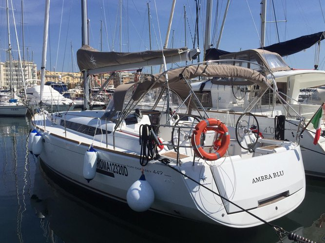 Explore Salerno on this beautiful sailboat for rent